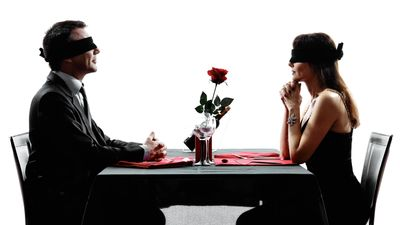 5 Senses of Love -Heirate dein Blind Date